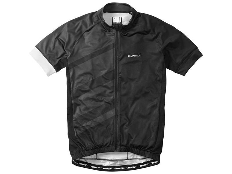 Madison Sportive Race men's short sleeve jersey, black / phantom click to zoom image